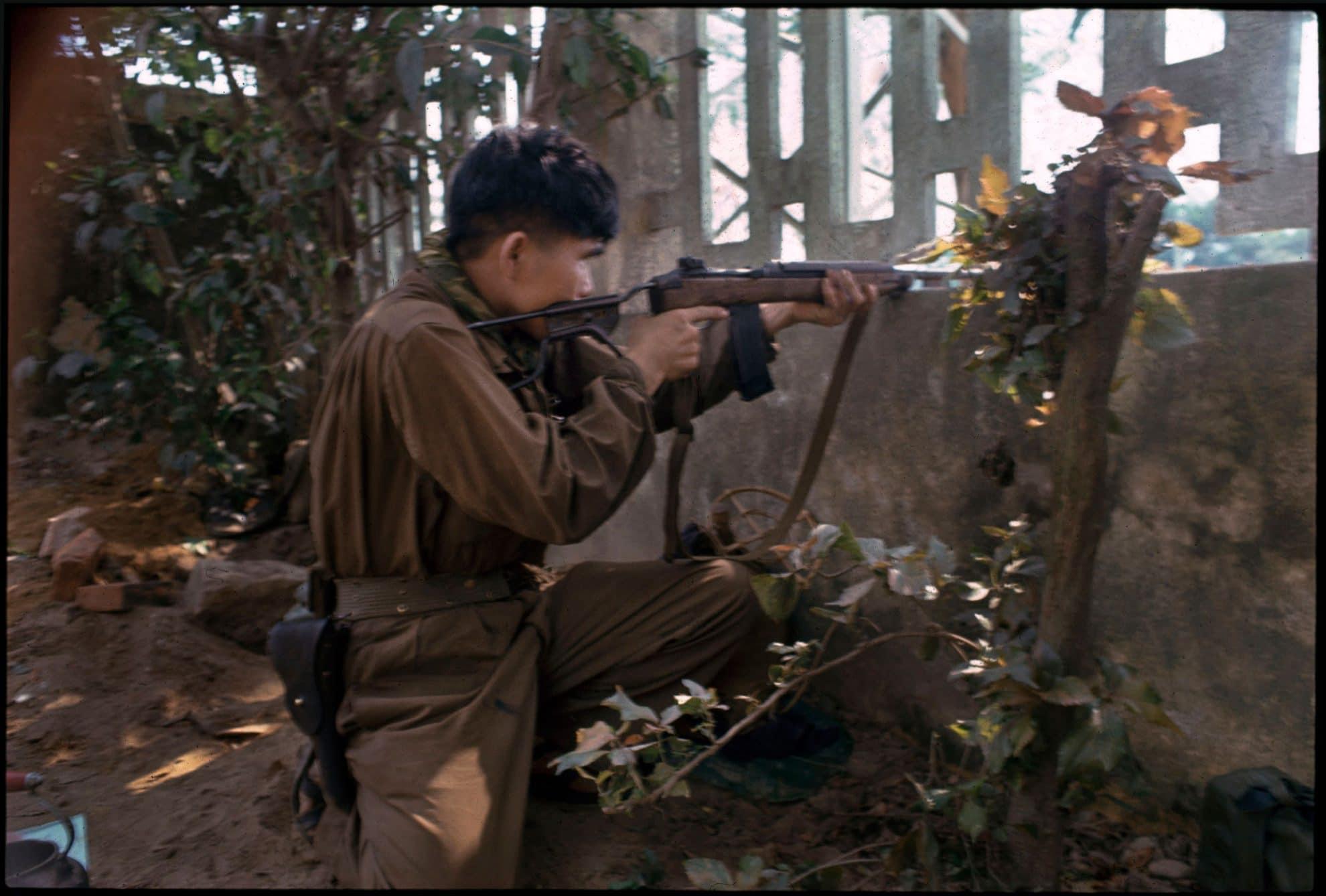 soldats sud-vietnamiens DCL6802_Hue003_LR