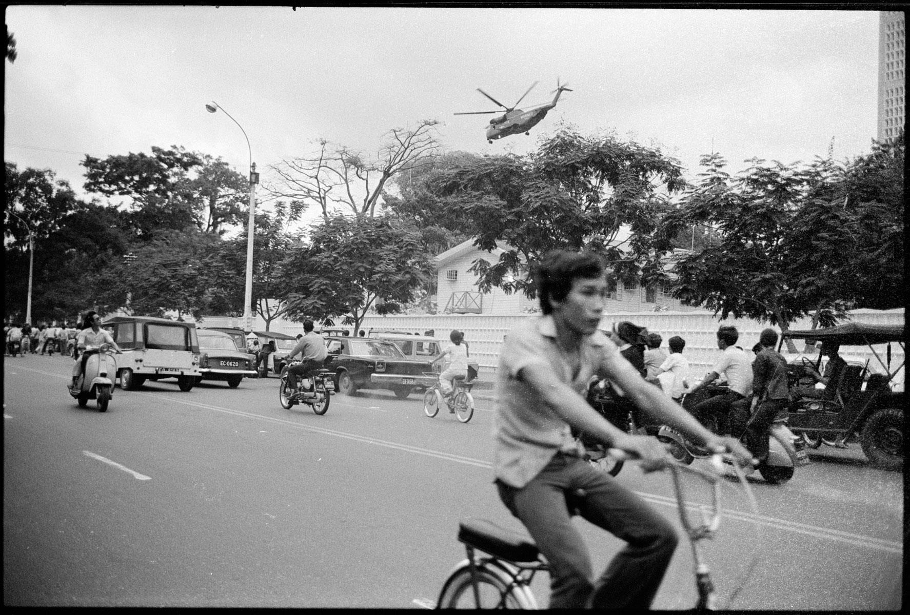 Chute / Libération de Saigon, avril 1975 DCL_VIETNAM_1975_006_17A_18