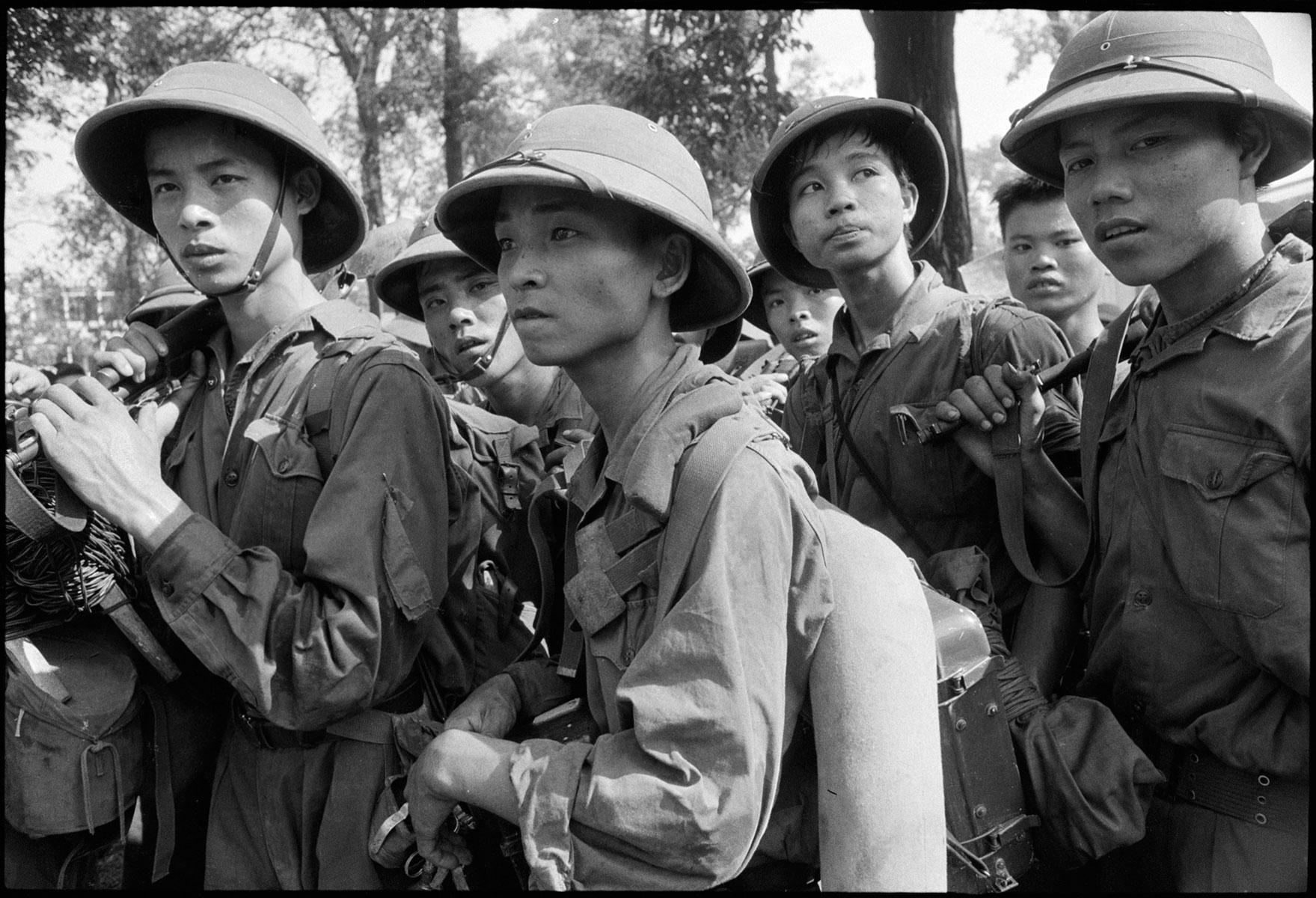 Chute / Libération de Saigon, avril 1975 DCL_VIETNAM_1975_009_7A_8