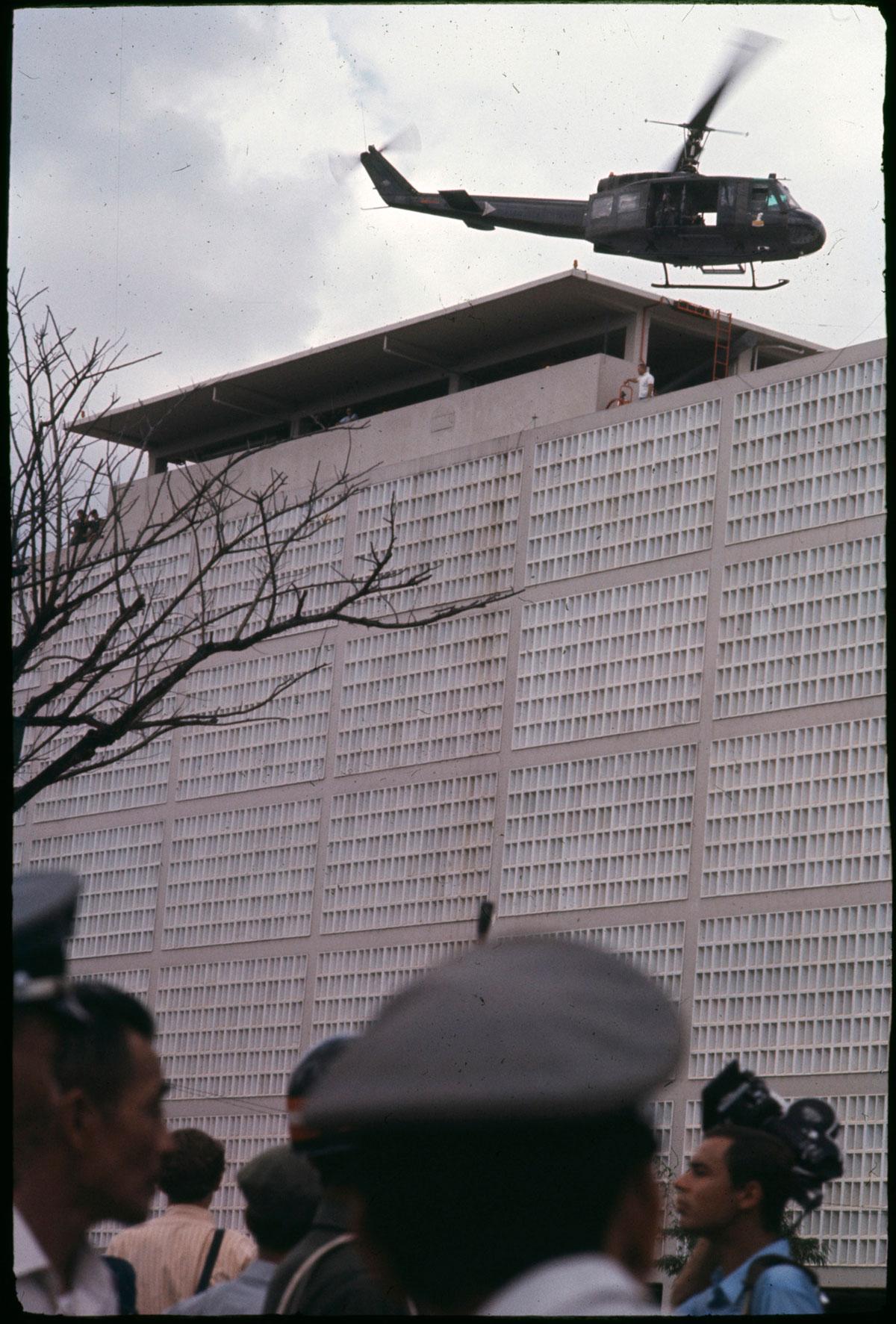 Chute / Libération de Saigon, avril 1975 DCL_VIETNAM_1975_C001